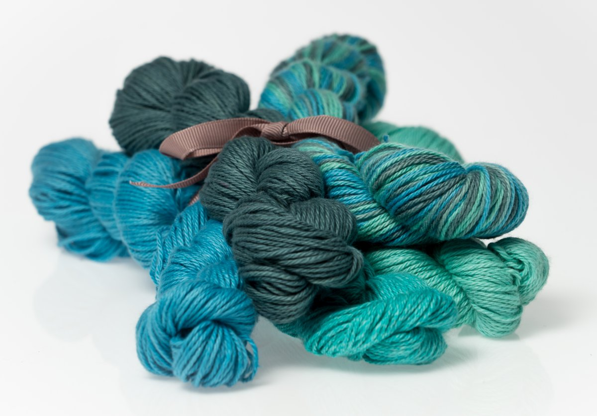 Cottina Heather Fingering Emerald Isle Colorway