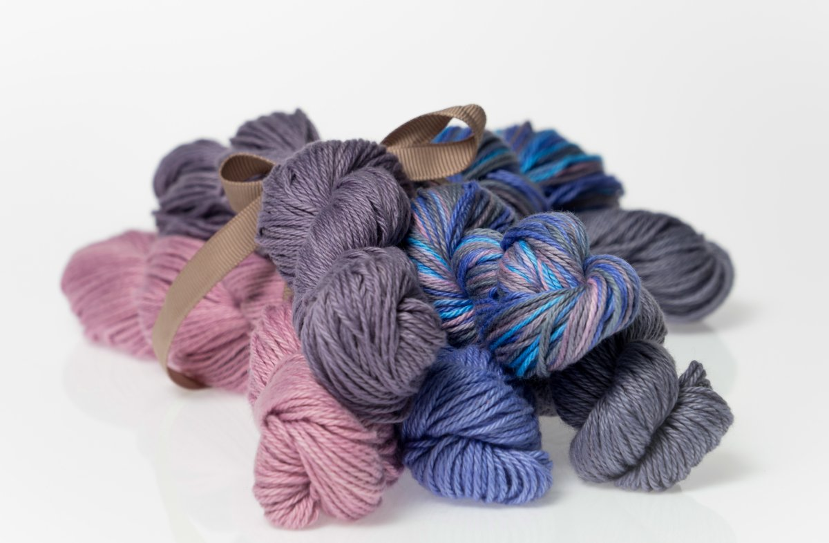 Heather Fingering Lavender Gray Colorway