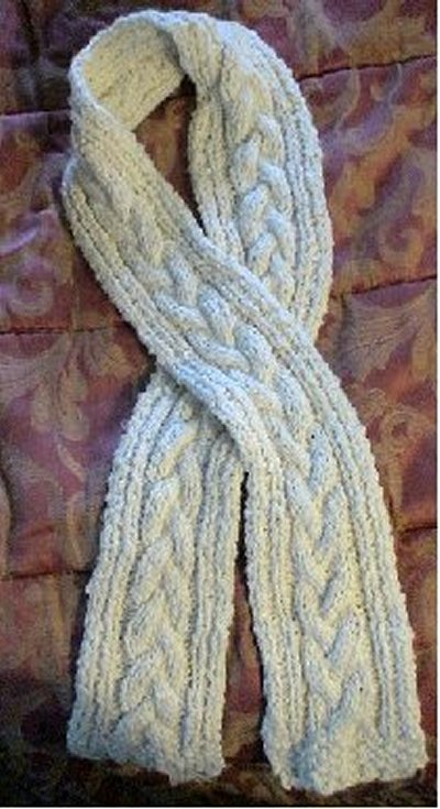Free Cable Knitting Patterns For Scarves : Cabled Scarf